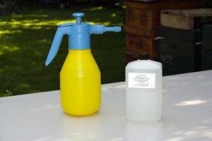 Sprühflasche mit Milchsäure 15%ig ad us. vet.